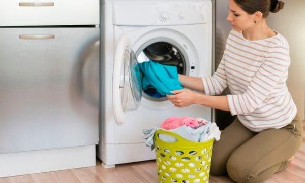 Posso lavar roupa de bebe com sabao omo?