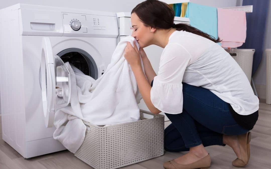 Como deixar a roupa cheirosa? Tutorial simples e fácil