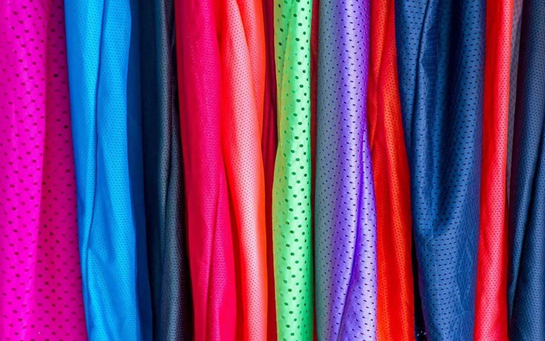 Cuidados com roupa de nylon – Confira Aqui