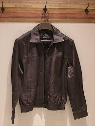 Lavar jaqueta de couro