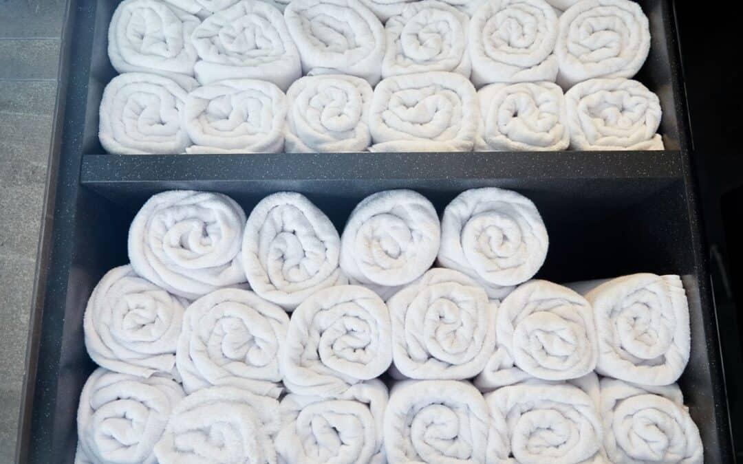 Como lavar toalha de banho branca