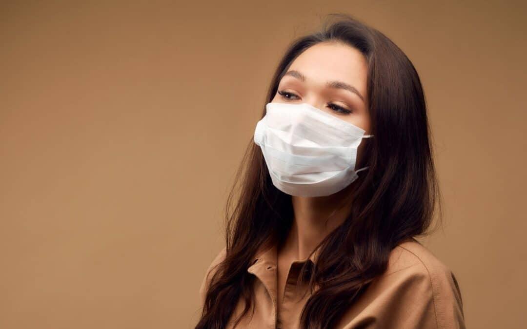 Como lavar máscara de tecido