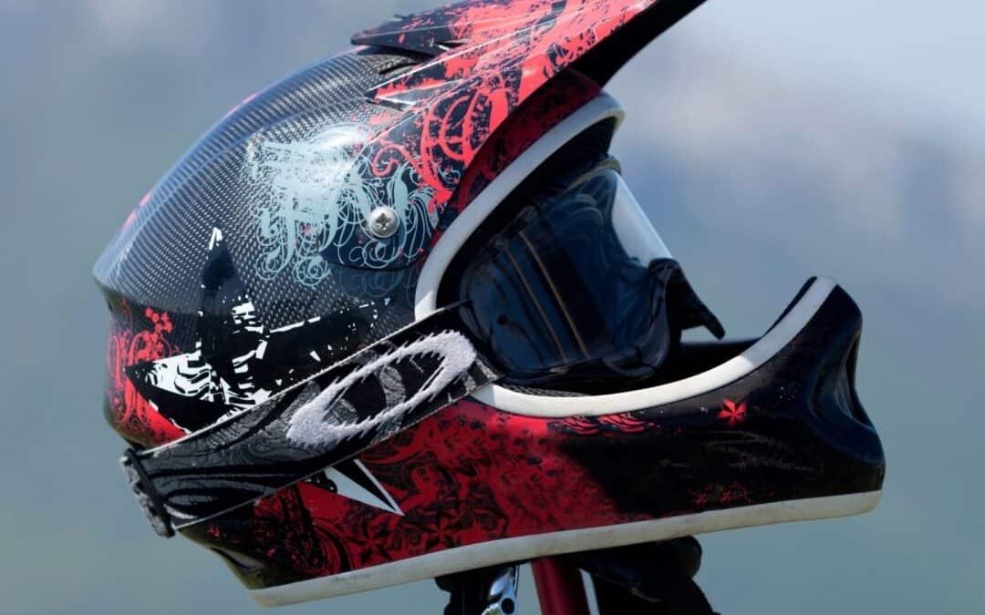 Como fazer a limpeza de capacetes
