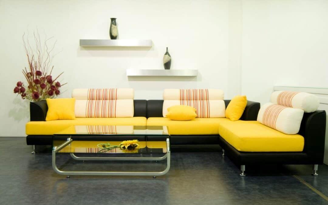 Como limpar sofá de tecido